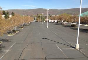 Parking lot crack filling by Stripe Rite